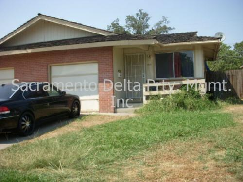 4615 Cyclamen Way Photo 1