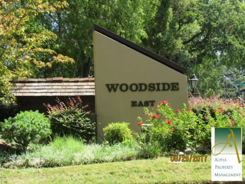 728 Woodside Ln E #E Photo 1
