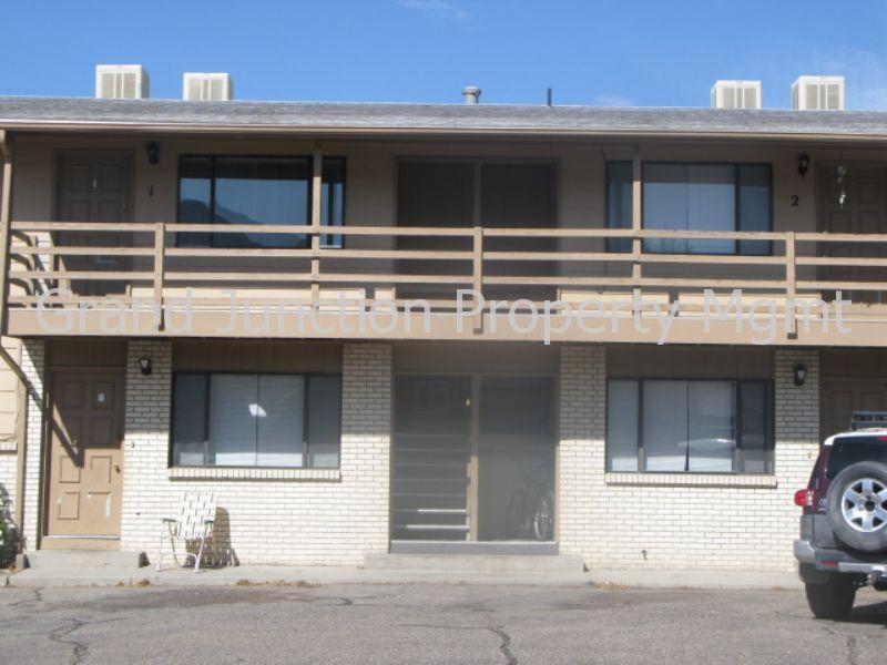 126 E 1st Street 7 Photo 1