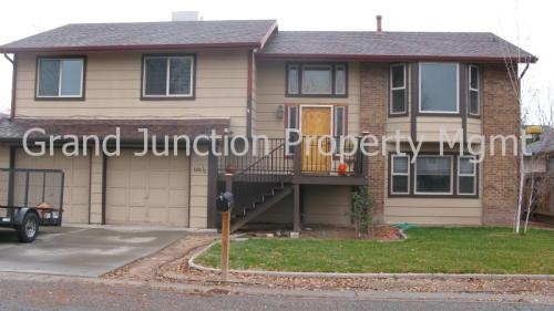 596 1/2 Creekside Court Photo 1