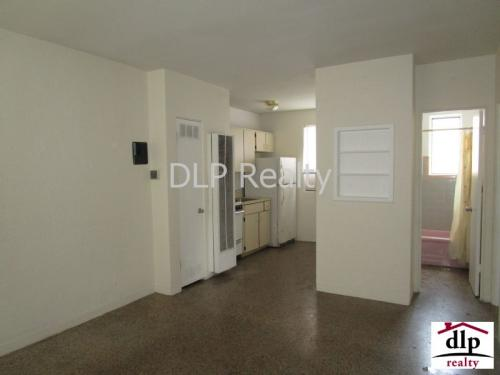 545 N Ridgewood Ave 6 Photo 1
