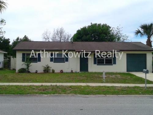 1321 Golf Avenue Photo 1
