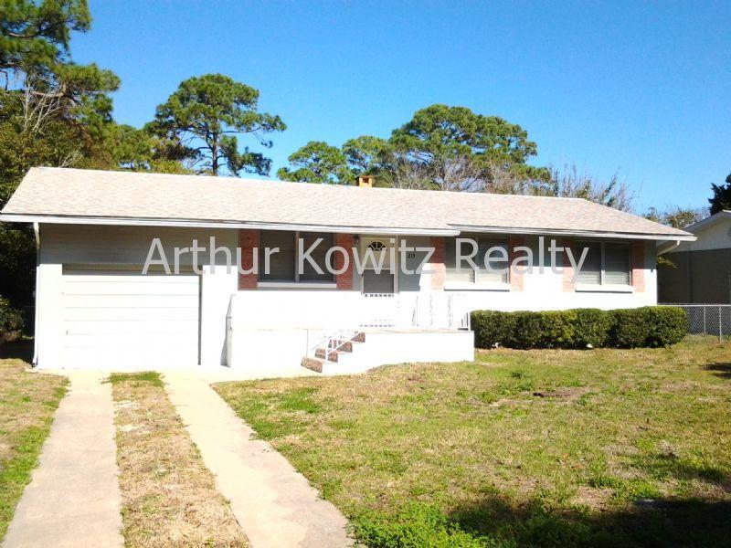 215 Rosewood Avenue, Ormond Beach, FL 32174 | HotPads