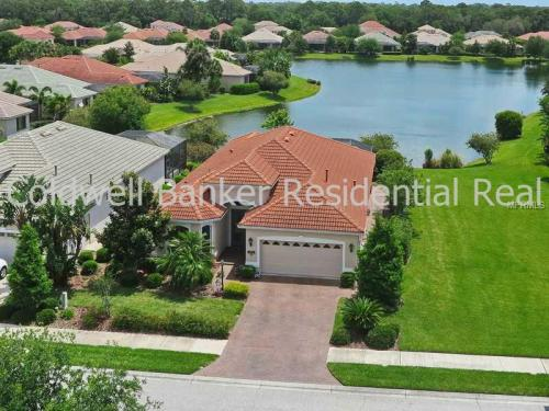 1342 Copperwood Dr Photo 1
