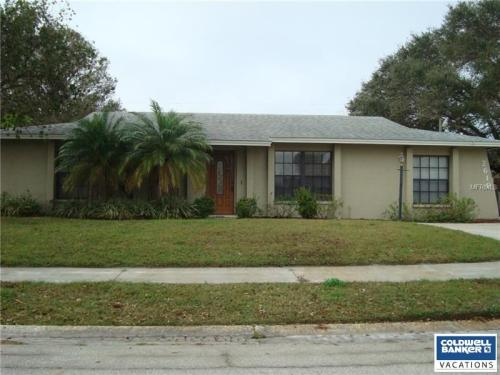2610 Golden Poinciana Place Photo 1
