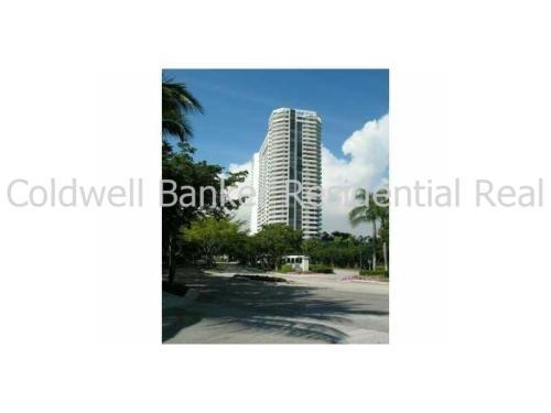 2000 Island Avenue 806 Photo 1
