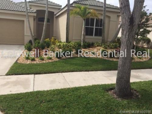 726 Aster Way Photo 1