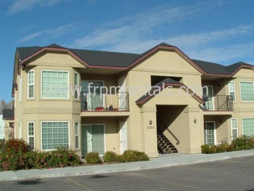 10146 W Garverdale Lane #202 Photo 1