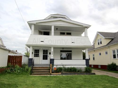 10302 Parkview Ave Photo 1