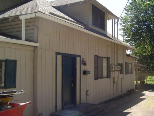 91012 S Willamette Street #2 Photo 1