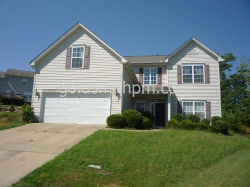 313 Woodvine Way Photo 1