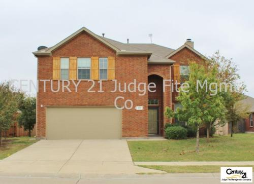 209 Clydesdale Street Photo 1