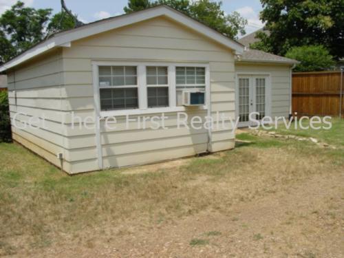 8519 Ridgelea #BACKHOUSE Photo 1