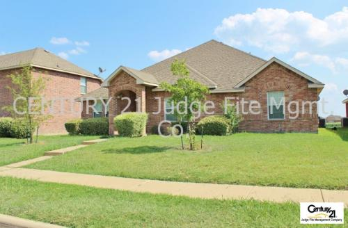 717 Locustberry Dr Photo 1