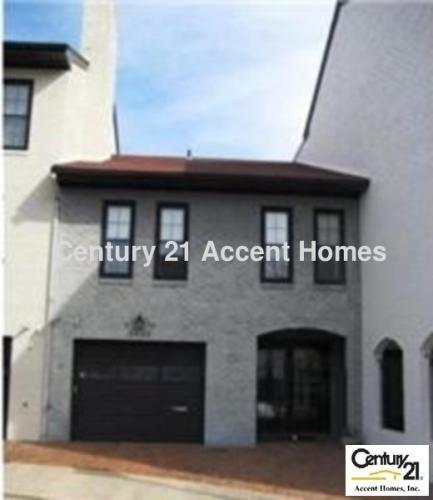 2045 Abingdon Street Photo 1