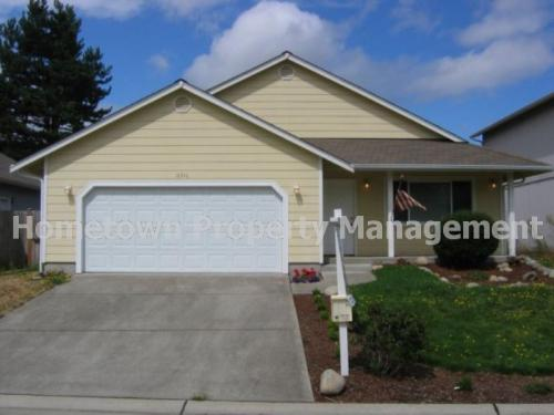 16340 Cascadian Ave SE Photo 1