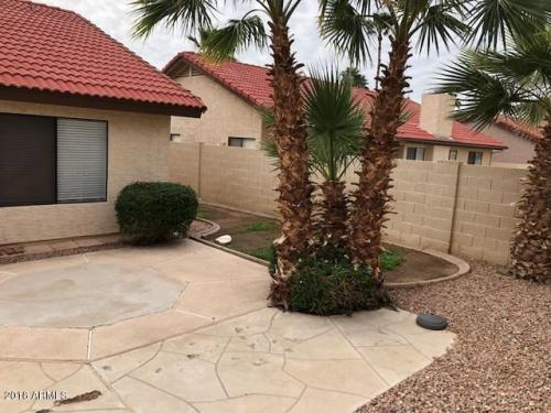 11092 E Sahuaro Drive Photo 1