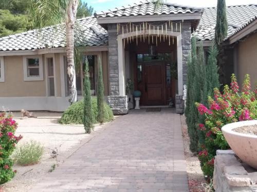 5215 W La Mirada Drive Photo 1