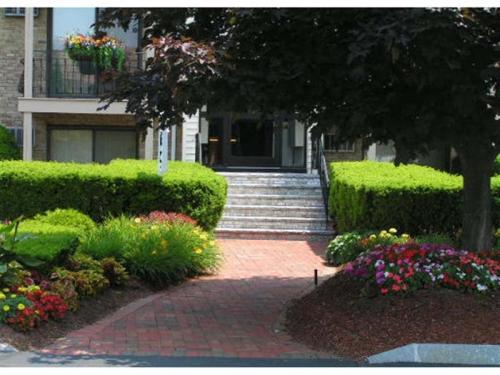 670 Princeton Boulevard Photo 1