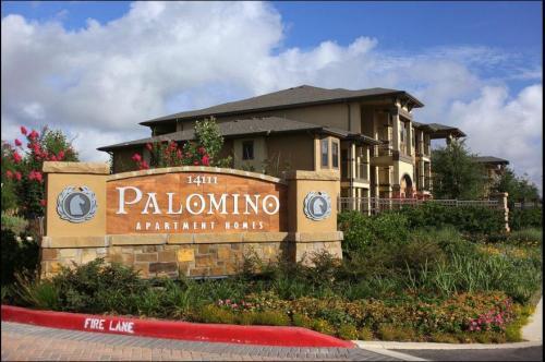 Palomino Apartment Photo 1