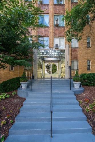 Park Crescent Apartments Photo 1