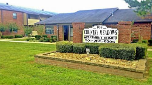 Country Meadows Apartments Photo 1