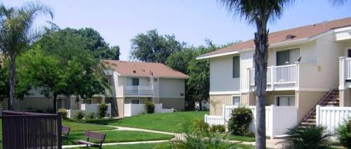 Carmel Crest Apartments Photo 1