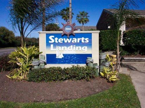 Stewart's Landing Apartments Photo 1