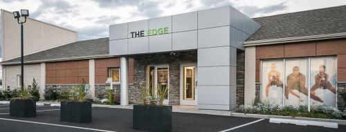 The Edge at Greentree Photo 1