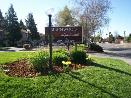 Birchwood Apartments Photo 1