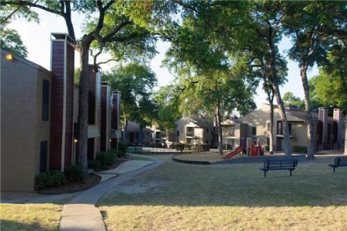 Villas at Tenison Park Photo 1