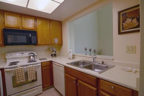 Mission Bay Condominiums Photo 1