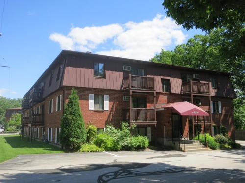 Croteau Court Apartments Photo 1
