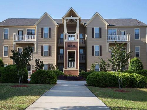 CEV Statesboro Student Housing Photo 1