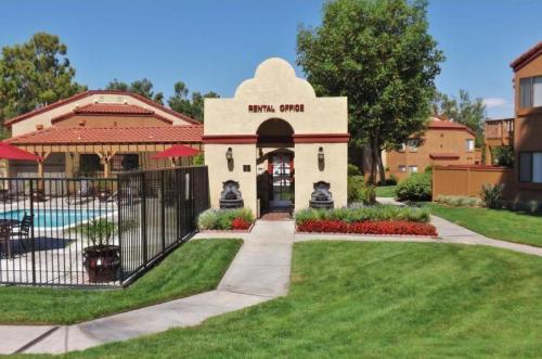 Red Oak Villas Photo 1