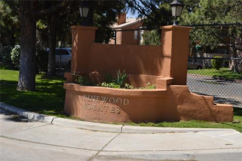 Pinewood Estates Photo 1