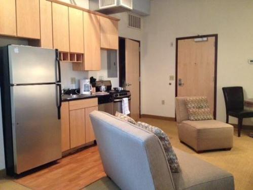 The Stage Apartments Photo 1