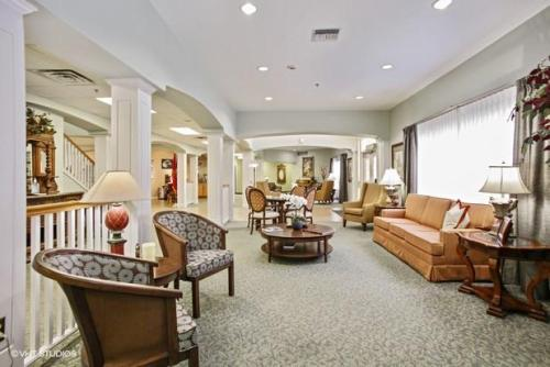 Crescent Point Retirement Community Photo 1