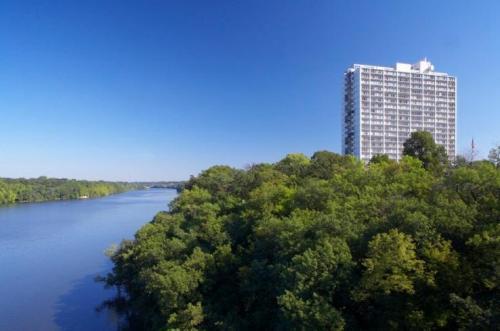 740 River Drive Photo 1