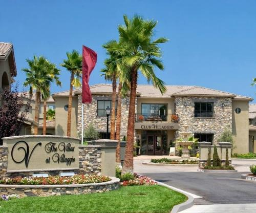 Villas at Villaggio Photo 1