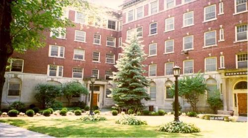 Sherwood Apartments Photo 1