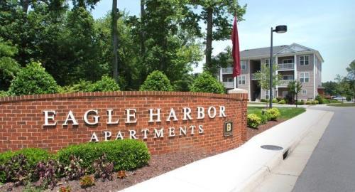 Eagle Harbor Apartments Photo 1
