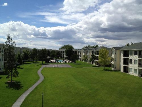 Aspen Hills Apartments Photo 1