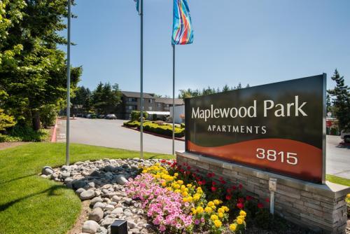 Maplewood Park Apartments Photo 1