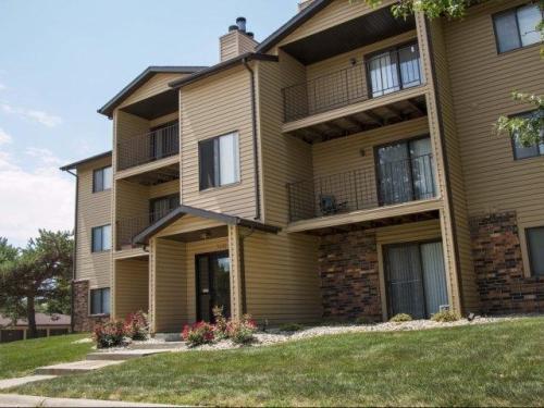 Oakwood Trail Apartments Photo 1