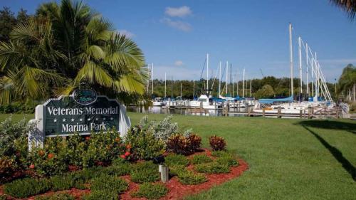 Twenty 35 Safety Harbor Photo 1