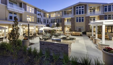 Merrill Gardens at Huntington Beach - Senior Living Community Photo 1