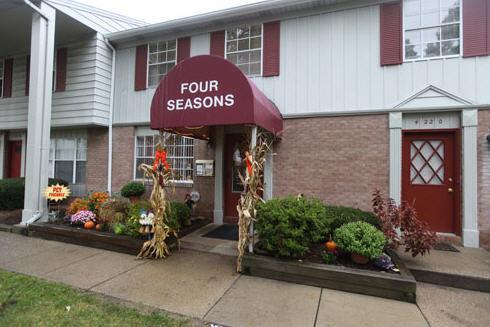 Four Seasons Photo 1