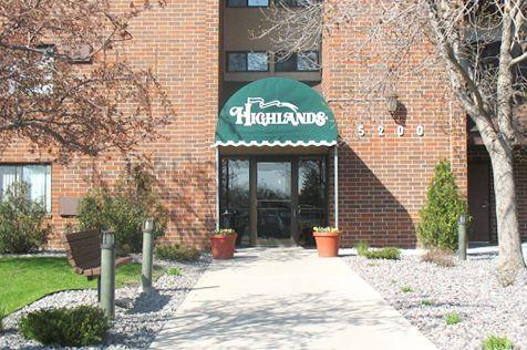 The Highlands Apartments & Townhomes Photo 1