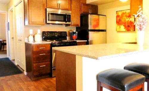 Waterford Place Townhomes Photo 1